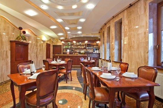 Muszyna, Polonya: Restauracja Strakija