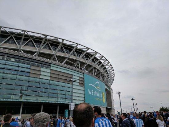 Wembley, UK: photo0.jpg