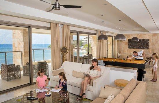 Cap Estate, Sta. Lucía: Chairman Suite