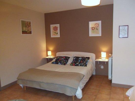 Ruoms, France: La chambre Primevères pour 2 à 4 personnes