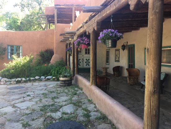 Mabel Dodge Luhan House: photo0.jpg
