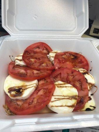 Seahorse Grill: The best tomato and mozzarella salad!