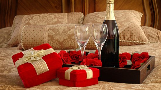 Lodi, Califórnia: Champagne & Wine Packages Available.