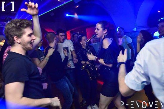 Music bar Phenomen