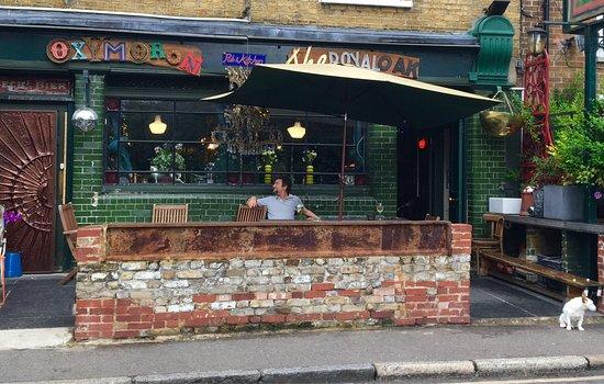 Grouper randki londynu