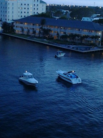 Residence Inn Fort Lauderdale Intracoastal/Il Lugano: Room With A View.....