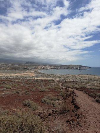 El Medano, Spain: 1-2)vista dal sentiero per montagna roja. 3-4-5)La playa.