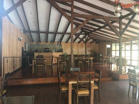 Hotel de Montana y Restaurante Suria : photo1.jpg