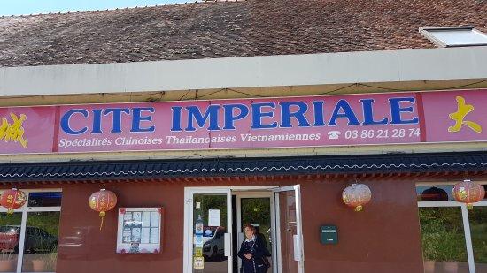 image Cite Imperiale sur Varennes-Vauzelles