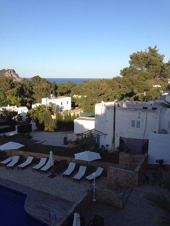Cala Llenya, Spain: Tolle kleine Ferienanlage mit sehr netter Besitzerin. Die Anlage ist sehr gepflegt, mein Zimmer
