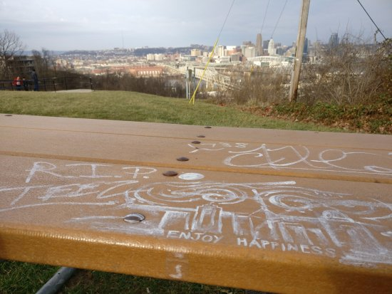 Devou Park: Benches to sit and may be even have a great meal with family