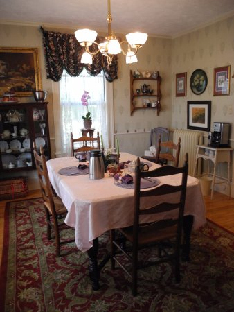 Westborough, MA: Breakfast room