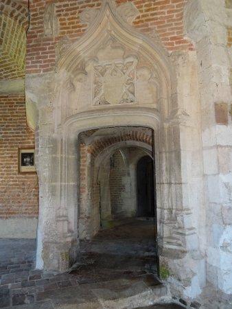 Saint-Fargeau, فرنسا: château de Saint Fargeau