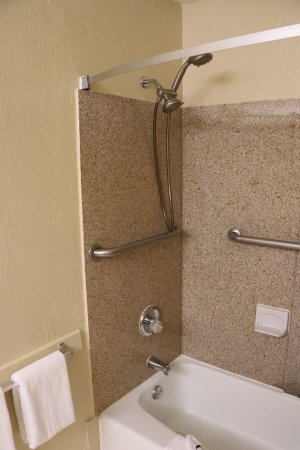 Pinole, CA: Really liked the double shower head. You could switch between them.