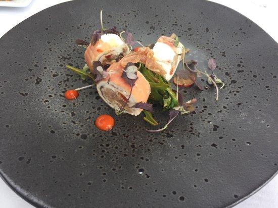 Hope, UK: Beautifully presented Sunday lunch dishes.