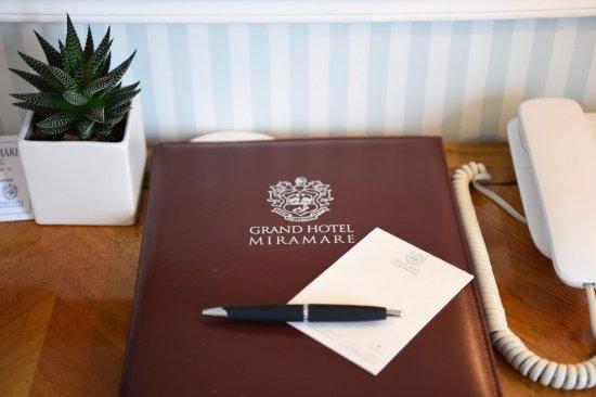 Grand Hotel Miramare: Stationary.