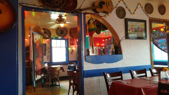 Gina's Mexican Cafe: Check out the eclectic interior