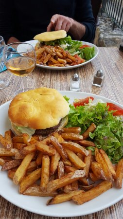 Saint-Cyprien, Francja: Burgers à la carte