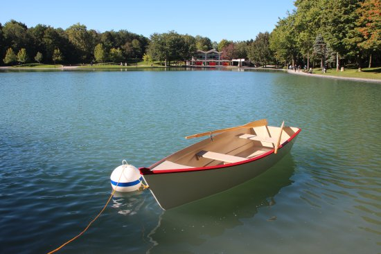 Mont Royal - Mount Royal: Boats are available for rent during the summer season.