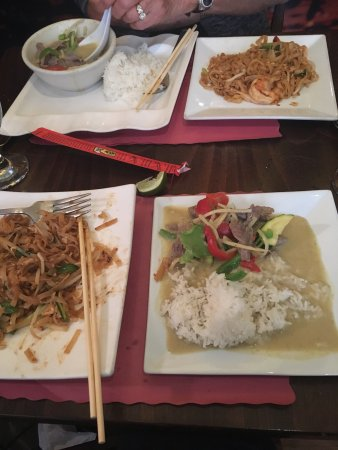 Little Thai Kitchen Asian Restaurant 21 Saint Roch Ave In Greenwich Ct Tips And Photos On