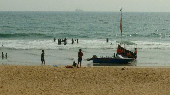 Shiroda beach and the boats