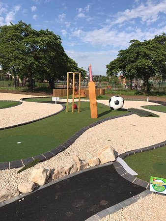 Highfields Park Adventure Golf