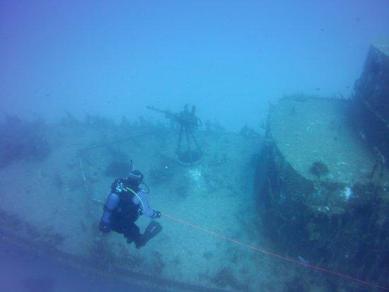 Plongée Malte: L'épave P29, à 30 mètres