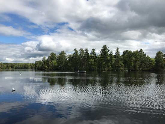 Lakefield, Kanada: Rustic cottages with beautiful lake