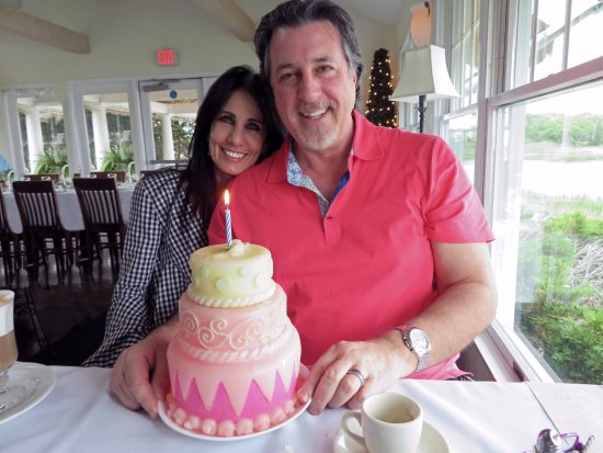 ROSARIO CASSATA AND CAROLYN CELEBRATING ANNIVERSARY AT TRUMPETS IN EASTPORT ,NY.