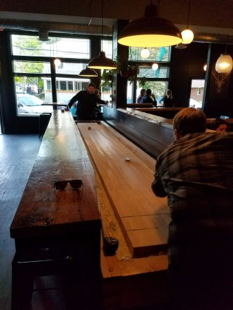 Richmond, VT: gaming table