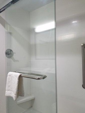 El Reno, OK: Shower