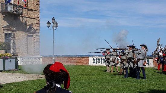 Govone, İtalya: Simulazione battaglia