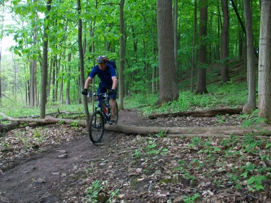 Some of the excellent single track, with the trail head in Thorold Secretly at DeCew, house! Par