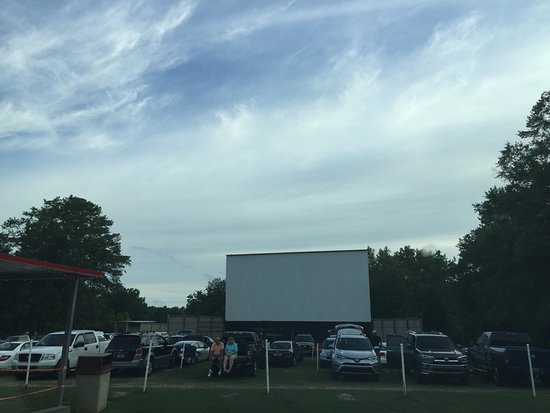 25 Drive In Theater