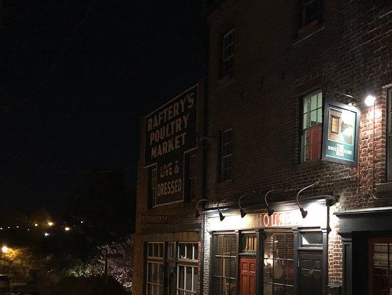 Petersburg, VA: Pub front