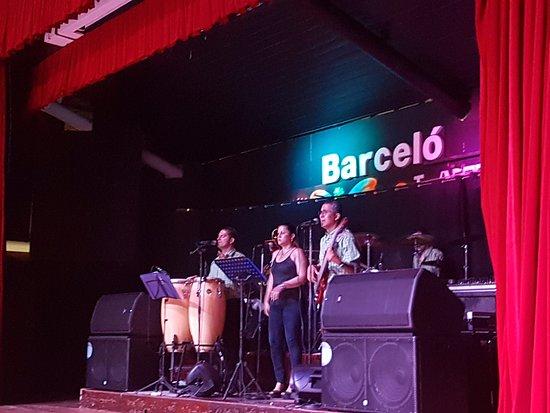 Tambor, Costa Rica: music band