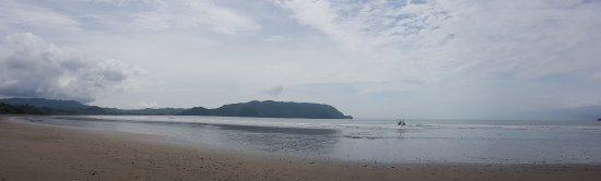 Tambor, Costa Rica: beach view