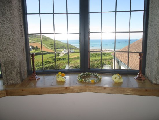 Widemouth Bay, UK: What a view from honeymoon suite..