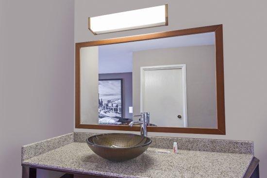Delavan, WI: New Modern Vanity