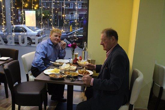 Swinton, UK: Enjoying their meal at Deurali Restaurant