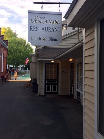 Once Upon a Table : A Quiet Welcome to a Magical Meal