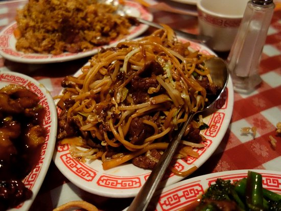 Blue Jay, CA: Beef Chow Mein