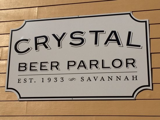 Crystal Beer Parlor: Sign as we entered from the parking lot