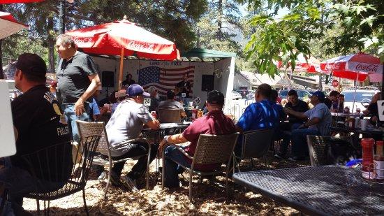 Jo'an's Restaurant & Bar: Memorial Day weekend