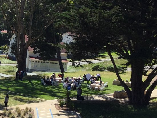 Cavallo Point: Our catered lunch on the hotel lawn