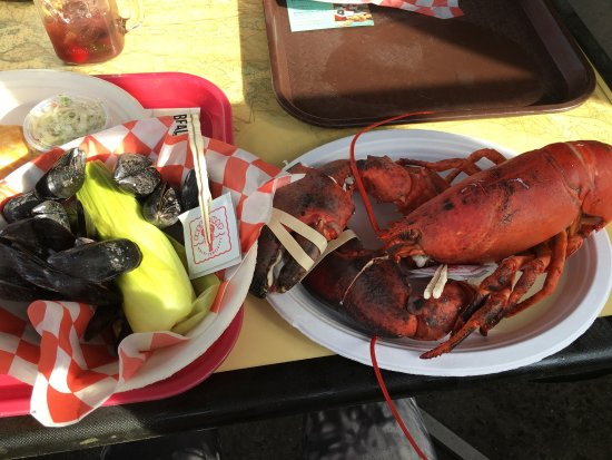 Beal's Lobster Pier: photo1.jpg