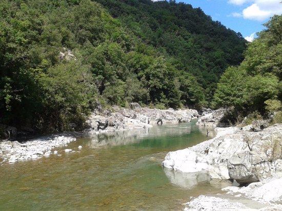 Province of La Spezia, Italie : scorcio del fiume Vara