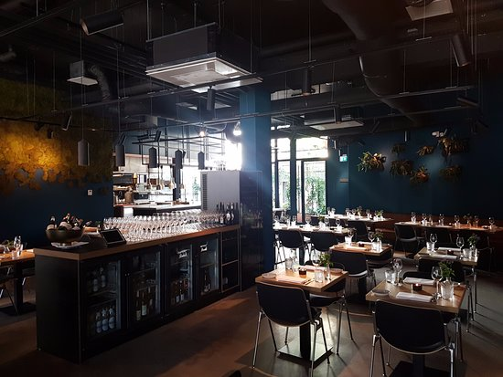 cool restaurant amsterdam low budget interior design rh uirojeioee elitescloset store  trendy restaurant interiors