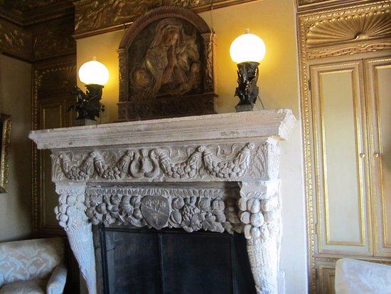 Hearst Castle: Cottage Bedroom