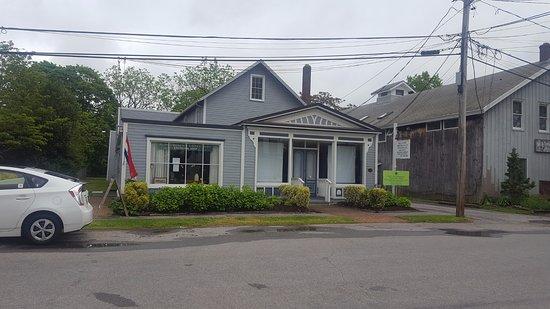 Bellport - Brookhaven Historic society Exchange Shop
